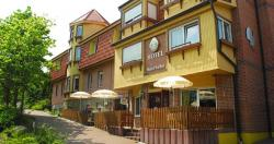 Stadt-Gut-Hotel Auerhahn